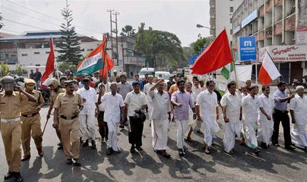 Kerala_strike_PTI