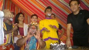 കണ്ണീര് മഴയെ ചിരിയുടെ കുട കൊണ്ട് മറക്കുന്ന സര്ക്കസ് കലാകാരാന് ജനകീയ പിറന്നാളോഘോഷം