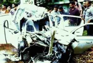 കരുനാഗപ്പള്ളിയില് കെഎസ്ആര്ടി സൂപ്പര്ഫാസ്റ്റ് കാറിലിടിച്ച് 5 മരണം
