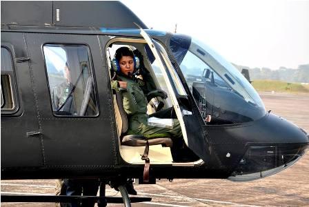 woman-pilot