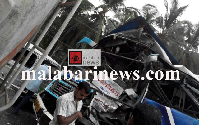 vallikunnu bus accident copy
