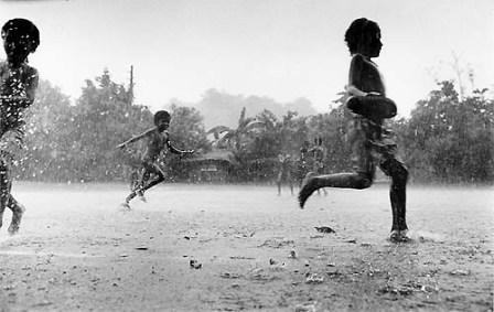 kids-running-rain