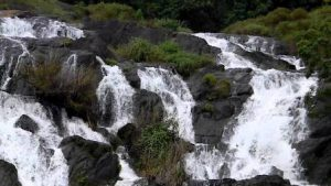 marottichal waterfalls 1