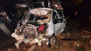 പെരുമ്പാവൂരില് ബസ്സും കാറും കൂട്ടിയിടിച്ച് 6 മരണം
